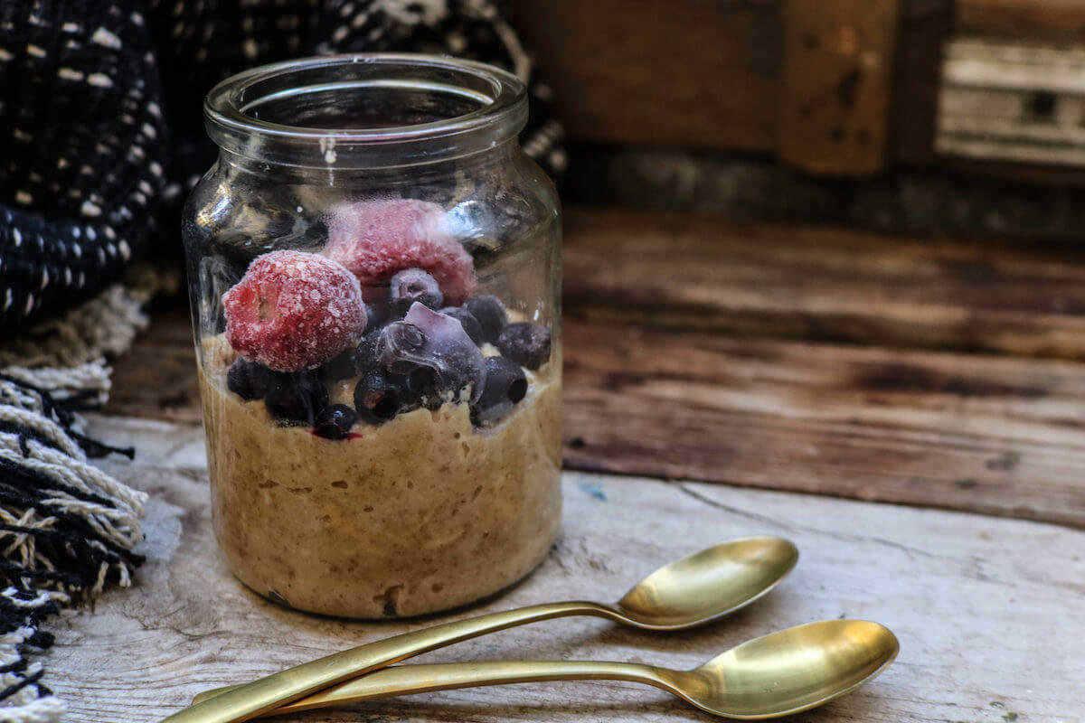 featured recipe image for coconut keto porridge
