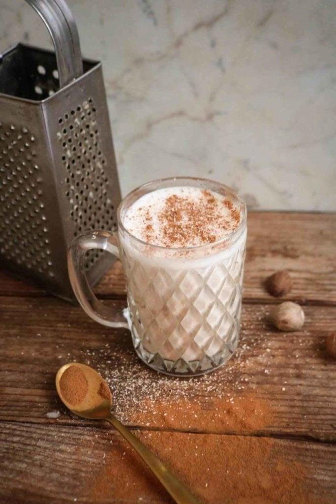 last step on making delicious keto chai tea latte