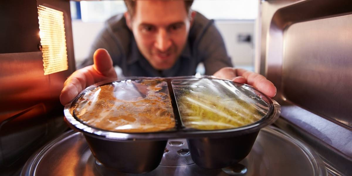 Many commercial microwaveable meals are unhealthy